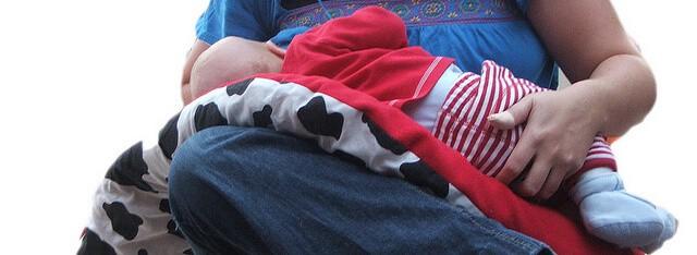 V-shaped maternity pillow