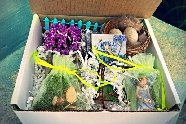 Create your own enchanted gardens and with fairy furnishings, figurines and miniatures!